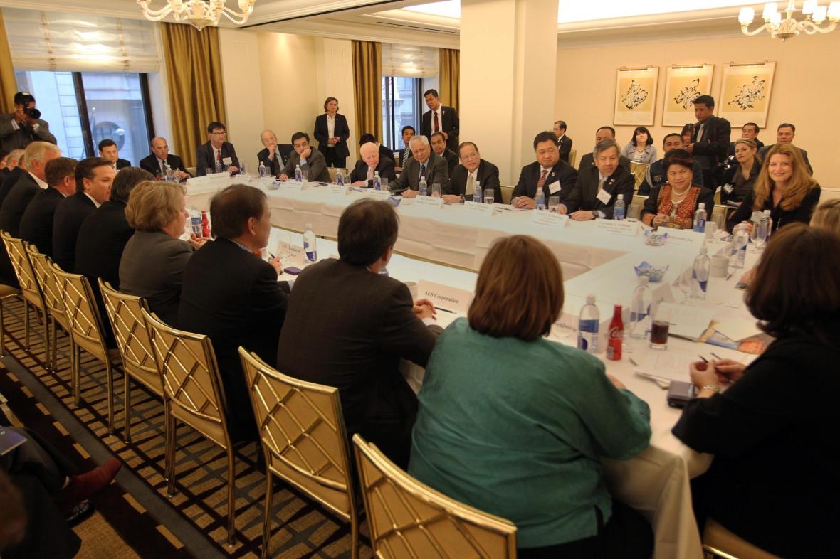 Us Cabinet Secretaries President Benigno S Aquino Iii His Cabinet Secretaries And Ceos