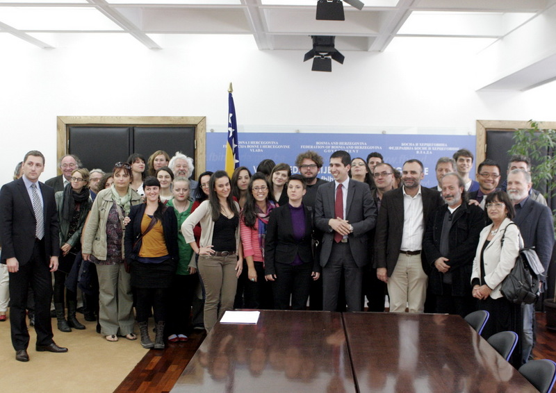 Meeting in the offices of Salmir Kaplan, Bosnian Federal Minister of Culture and Sports | Photo by Prijak Branimir