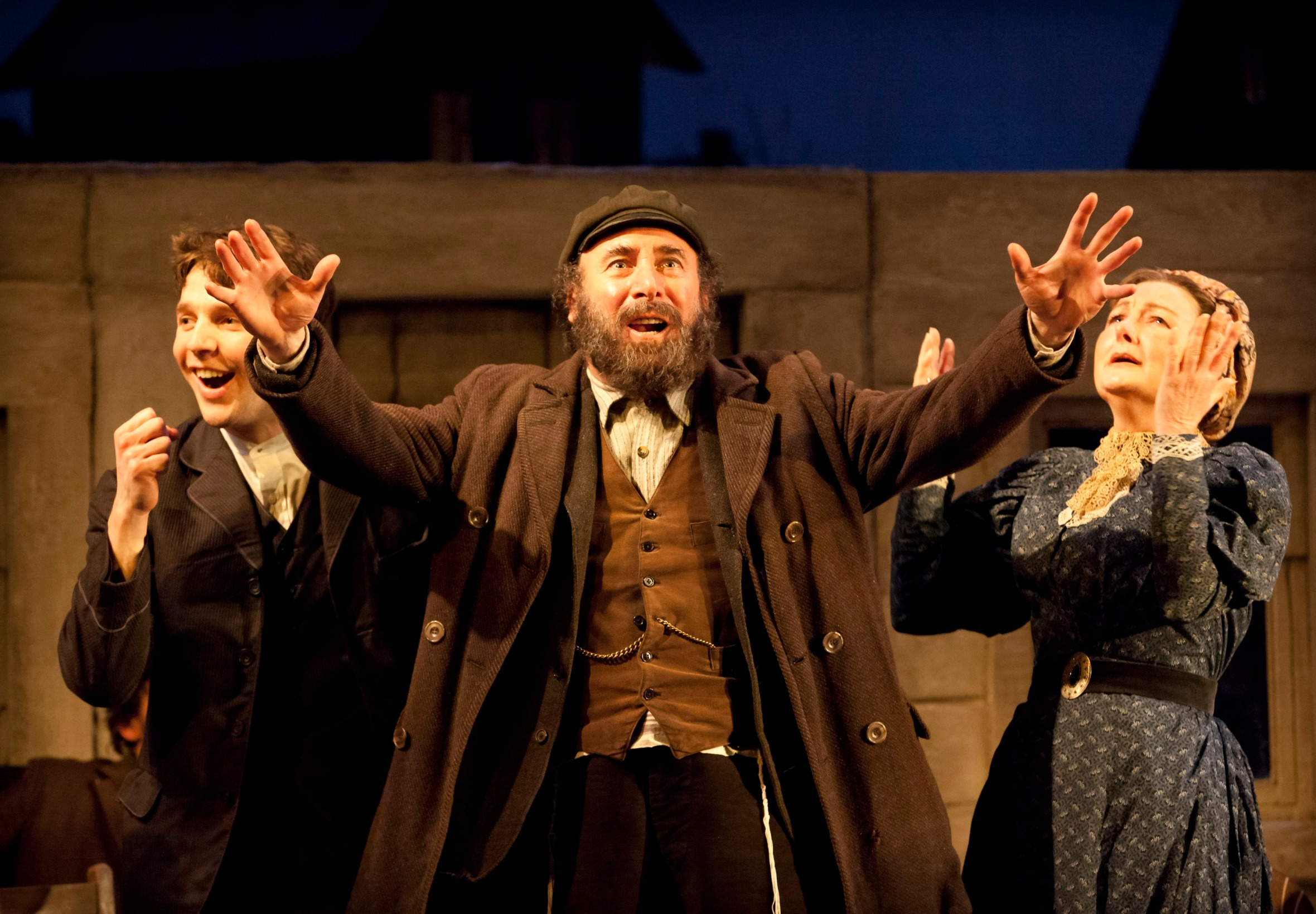 """Anthony Sher, Damiel Molony and Abigail McKern in Nicholas Wright's """"Travelling Light"""" in London 