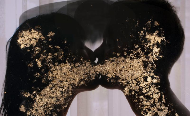 "Sarah Anne Johnson's ""Kissing Gold"" (2013) chromogenic print with gold leaf 16 x 20"