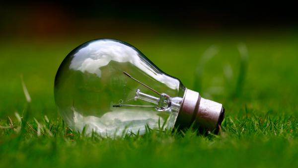 lightbulb-unsplash-Photo by Ashes Sitoula | unsplash.com